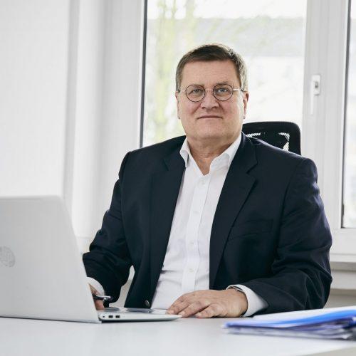 Dirk Biesenbach Düsseldorf